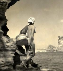 Японцы на протяжении веков добывали себе на пропитание дары моря: крабов, осьминогов, мидий